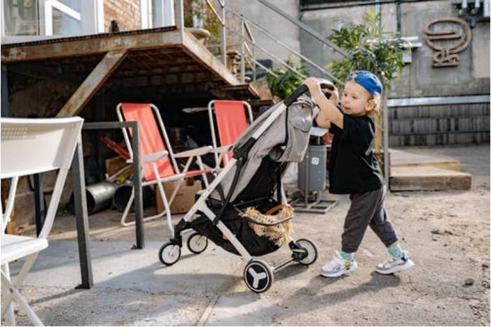 Choosing Baby Strollers and Baby Bike Trailers